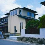 06:中古住宅のお家をリノベーションして新築同様の外観に生まれ変わりました