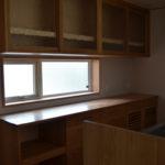 09:キッチンの背面の収納も同じ造作収納に
