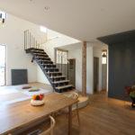 ⑨和室に床の間ではなく、ホールに床の間のような空間。日々の生活を豊かにしてくれます。