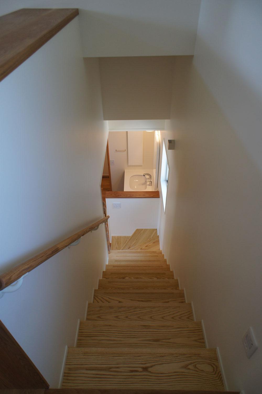 省エネ住宅 神戸 オーブルホーム 新築 垂水区 階段