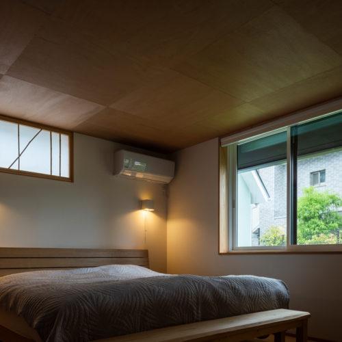 逆瀬川の家 寝室