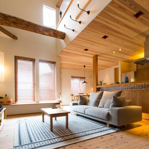 スキップフロアが生み出す贅沢空間の家