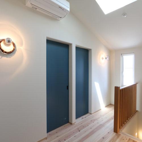 スキップフロアが生み出す贅沢空間の家 2階ホール