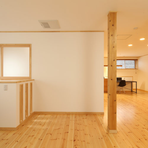自然素材の快適3世代住宅 2階ホール