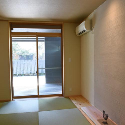 薪ストーブのある自然素材の家 和室