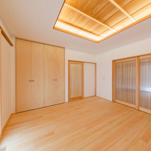 山手町の家-1階寝室