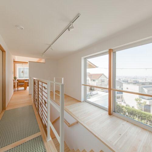 山手町の家-2階廊下