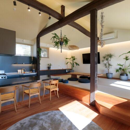 大迫力なキッチンを愉しむ平屋の家