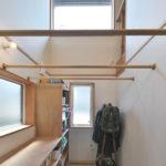 04雨に日も安心な屋内干しができるサンルーム